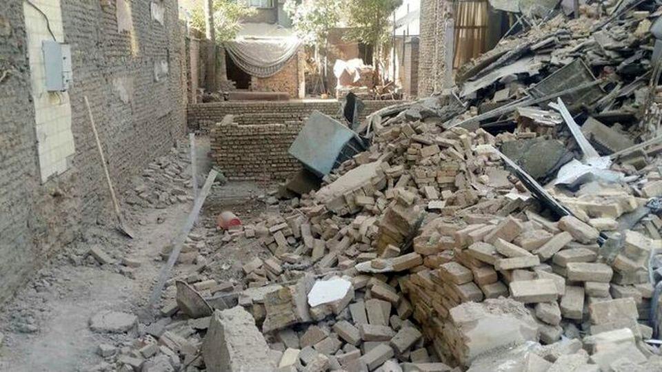 تصاویر ناراحتکننده از وقوع زلزله در چلگرد چهارمحال و بختیاری