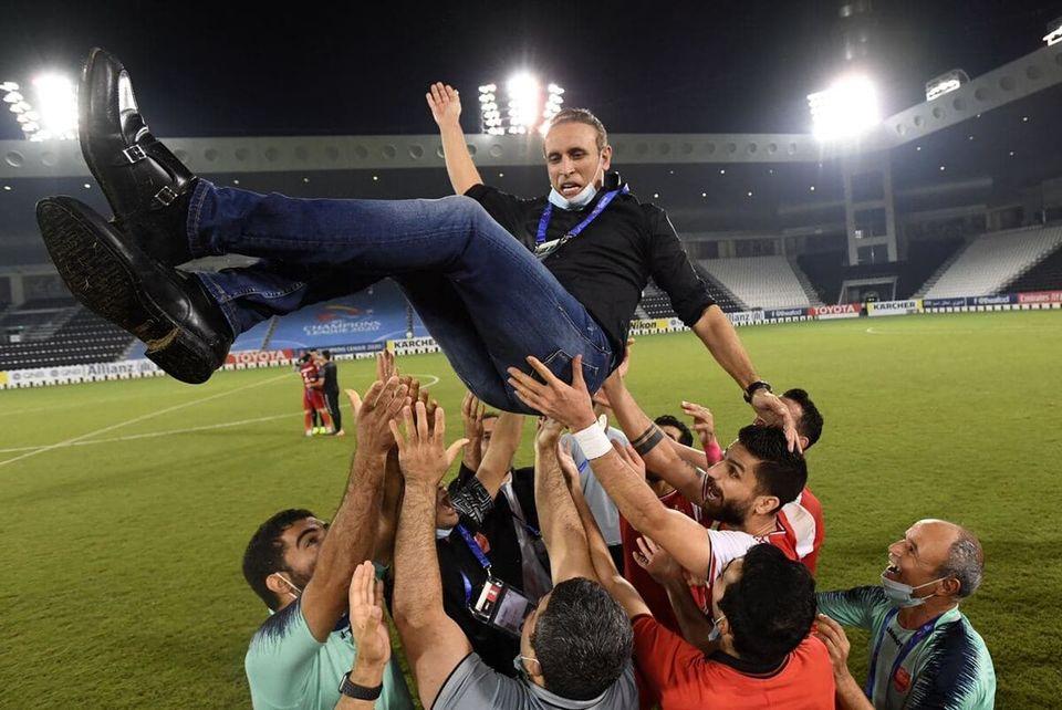 واکنش جالب گل محمدی پس از صعود پرسپولیس + عکس