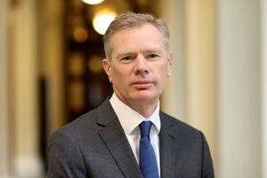 پایان مأموریت سفیر جنجالی انگلیس در ایران
