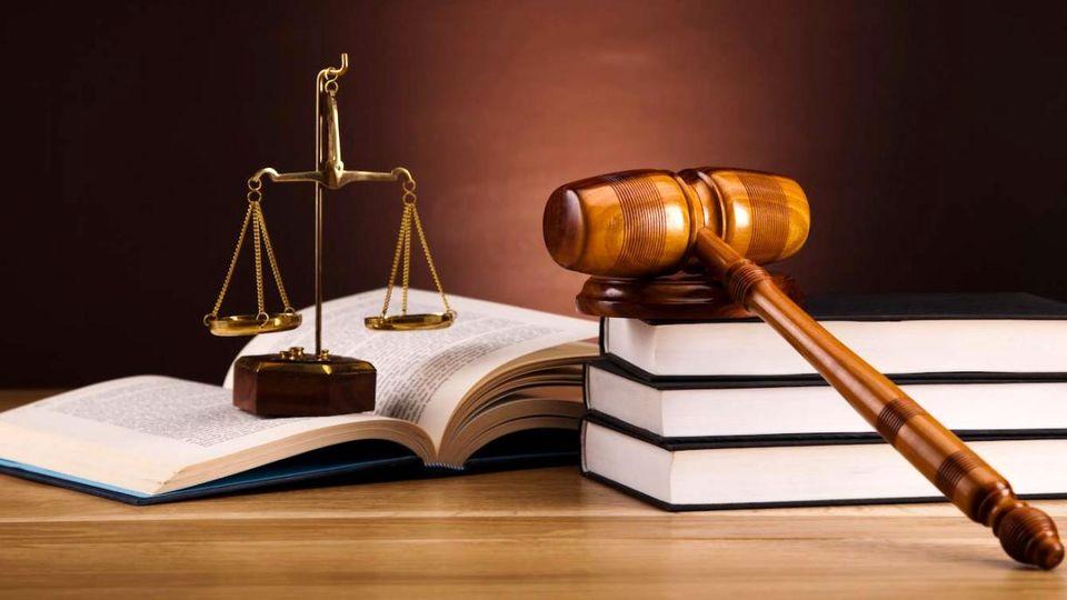 صدور احکام سنگین زندان برای سیف و عراقچی